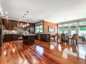 列治文獨立屋樓盤 Richmond House For Sale  8320 FAIRBROOK