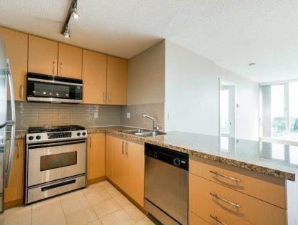 {:en}1807-5068 KWANTLEN ST Apartment For Sale Richmond MLS{:}{:zh}列治文昆仑大学公寓出售 | 列治文房源房价 | 温哥华列治文买房{:}